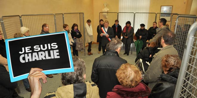 Rassemblement en hommage aux victimes de l'attentat perpetré dans les locaux de Charlie Hebdo