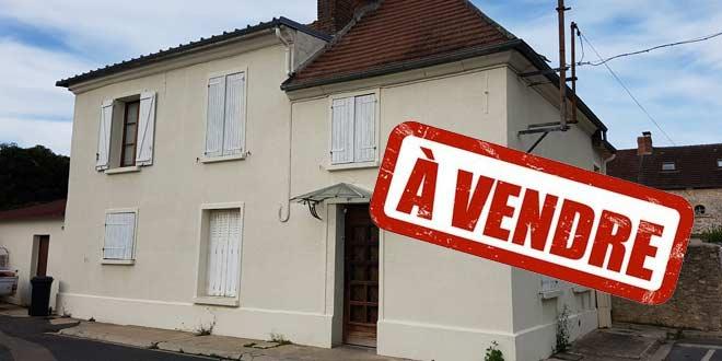 Maison à vendre à Verberie place du marché